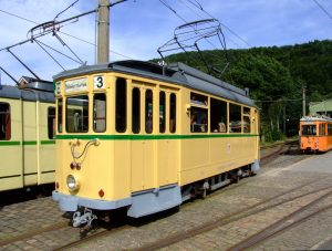 tram-835840_1920
